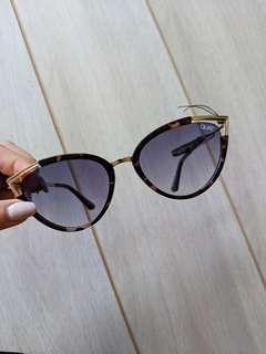 Quay sunglasses gold metal frame