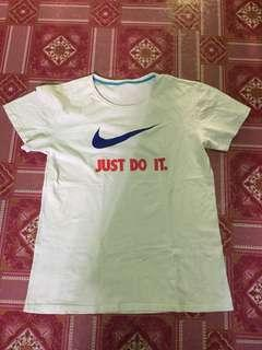 Nike cotton shirt