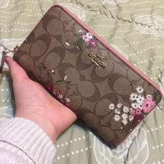 COACH (Authentic) Dusty Pink Floral Wallet
