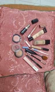 Makeup bundle (limited time only!)