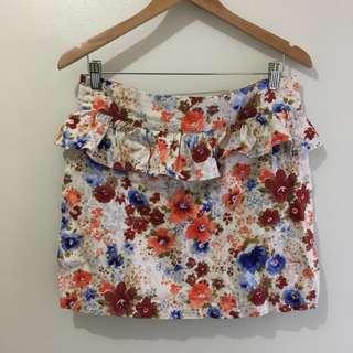 W:30 Peplum floral skirt