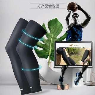 RL025 運動壓力護腿 Sports pressure leggings 長褲襪 護具  男女合用  適合For:跑步Run、行山Hiking、羽毛球Badminton、籃球Basketball、壁球Squash、網球Tennis、乒乓球Table Tennis…… 顏色Color:黑色Black 尺碼Size:M / L / XL