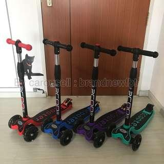 Kids scooter blue purple Kick scooter skate kid scooter 4 wheels with LED lights