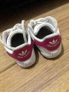 Adidas Stan Smith shoes (6-12 months)