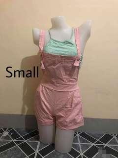 jumper shorts pink