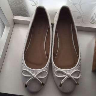 Parisian White Flats Shoes
