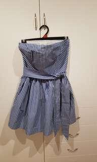 White & blue stripes dress