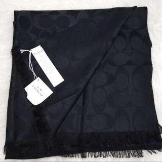 🎅🏻聖誕精選🎁聖誕禮物 Xmas gift🎄Coach Signature C Wrap 黑色經典C頸巾披肩