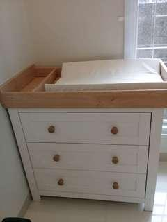 Lulworth changing unit-classic white