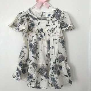 🚚 BN Old Navy Baby Toddler Girl Lace Flutter Sleeve Floral Dress 12-24mths & 3T available!