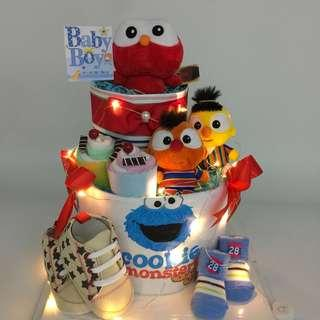 Ready stock! Sesame Street Diapers Cake - 2-tier
