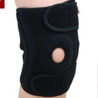 Weak knee support with 2 springs