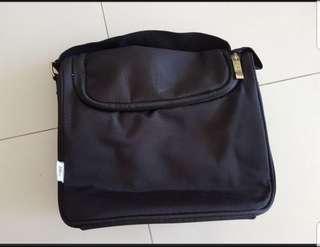 🚚 🆕 Avent warmer bag