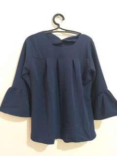 long-sleeved clothes blue