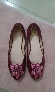 Velvet shoes maroon