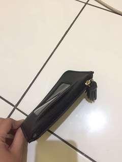 Dompet miniso hitam