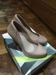 Melissa incense II light pink size6