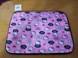 NETBOOK Hello Kitty 保護套