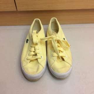 Lacoste步鞋