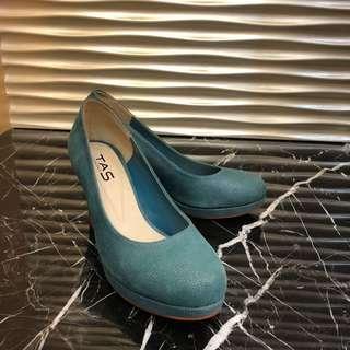土耳其藍高跟鞋