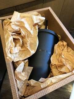 (New)Starbucks black Matt Tumbler(limited edition) 星巴克磨砂黑色杯