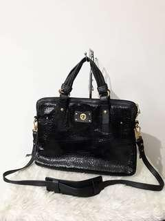 Authentic MARC BY MARC JACOBS classic Q turnlock shine 15 laptop bag.