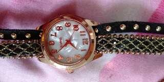 Jam tangan lucu unik