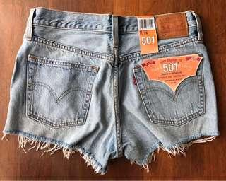 [WITH SHIPPING/CLEARANCE] Levis 501 Straight Leg Denim Shorts in Waveline