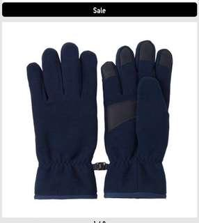 BNWT Uniqlo Heattech Windproof Gloves (Navy)