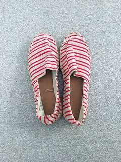 Ruby Flat Shoes