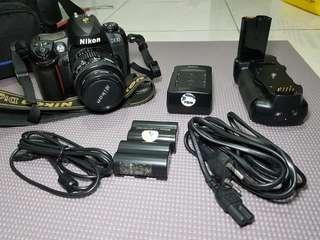 DSLR Nikon D100 plus lensa AF NIKKOR 35-70, NEGO.
