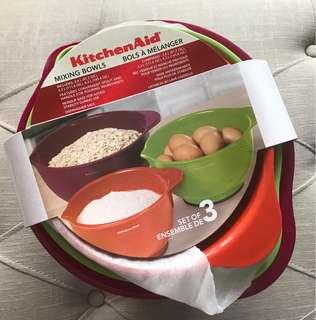 Brand New KitchenAid Mixing Bowls - set of 3