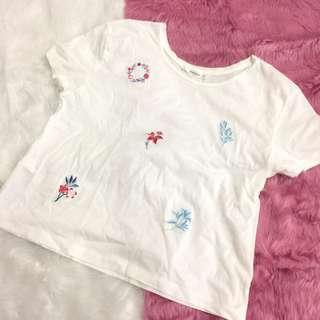 BNWOT Mango White Floral Embroidered Shirt