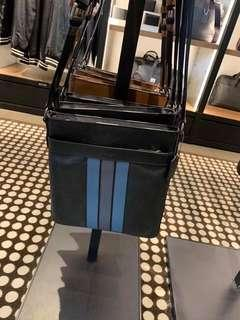 Coach cross body bag Original💯 sale