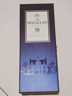 全新 麥卡倫18年空禮盒