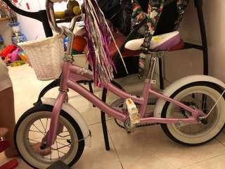 Retro kids children bicycle 12 inches with training wheels, basket and tassels. Comes with bicycle bell too.
