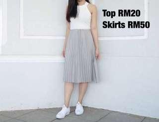 Grey pleated skirt (New/PL)