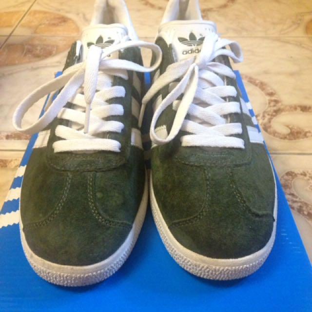 Adidas Gazelle Vans Nike Adidas 43f51e7f3e2