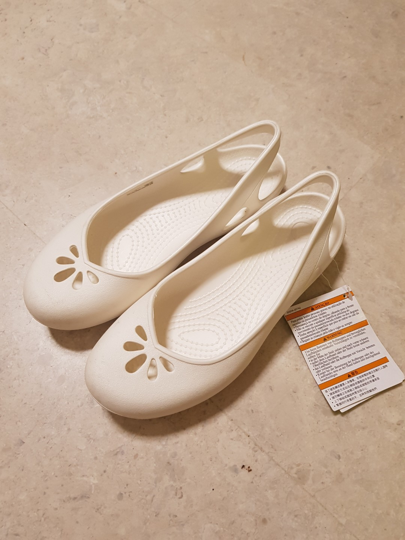 776007d3c2f Brand New Crocs Taylor Slingback Women Ballet Flat in White Size 8 ...