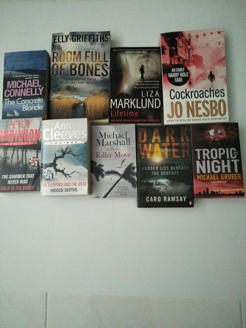 Bundle 8 novels (10 titles)