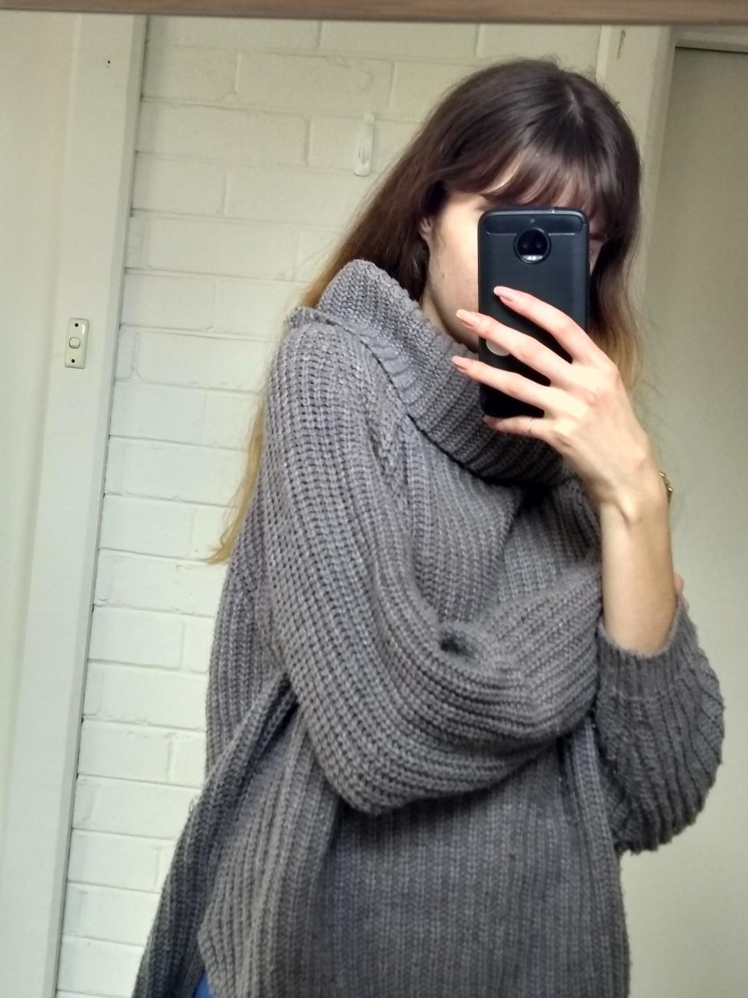 Grey oversized knitted jumper
