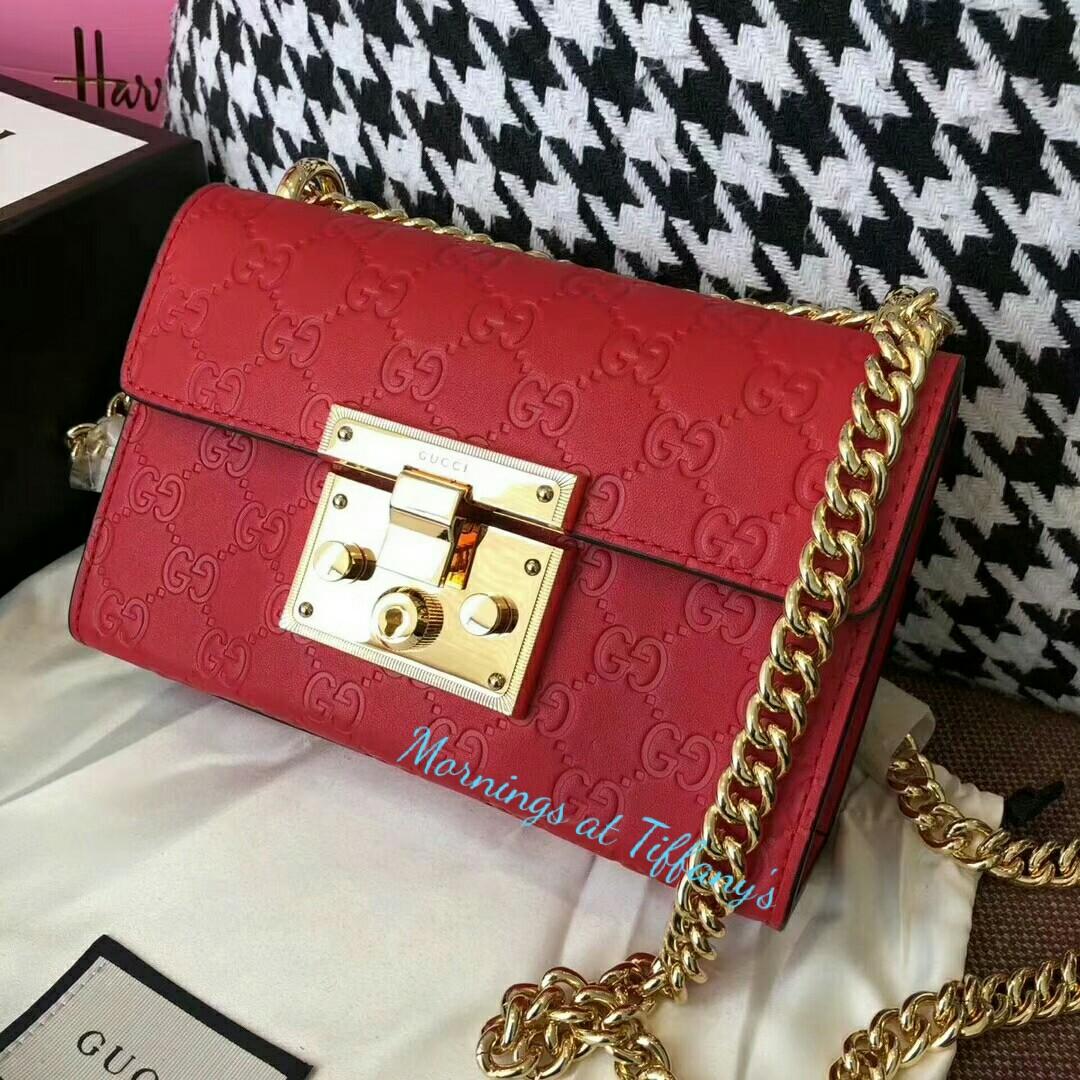 d229db3b6f800a GUCCI padlock Signature shoulder bag, Women's Fashion, Bags ...
