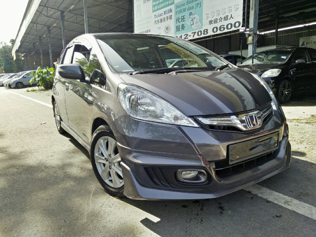 Honda Jazz 15 A 2014 Hybrid Cars Cars For Sale On Carousell