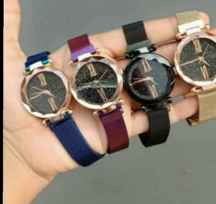 5413d8f6d1ba0 Jam tangan magnet gucci wanita