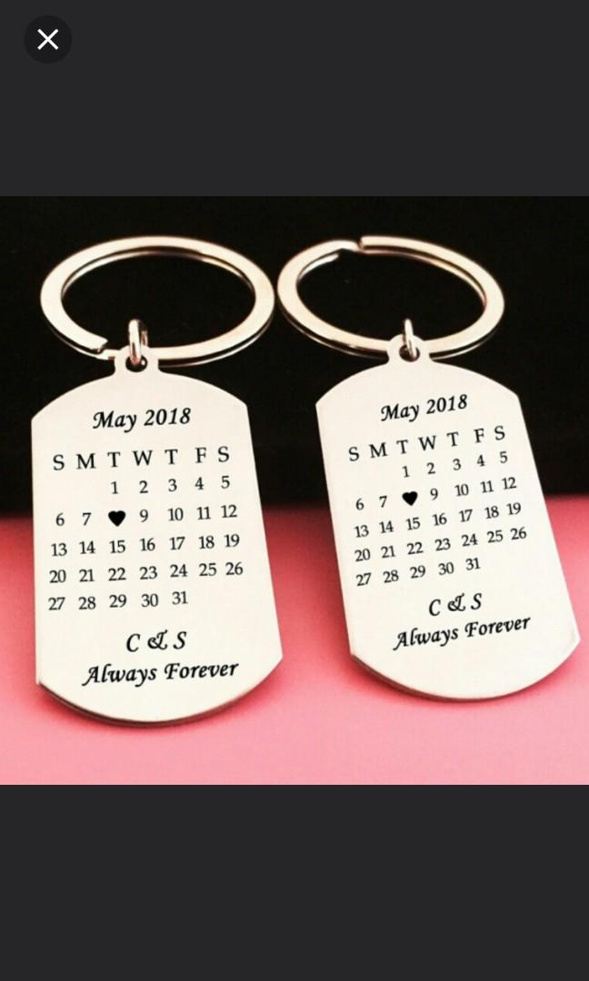 🆒🆕 Customized Hand Stamped Calendar Keychain, Personalized