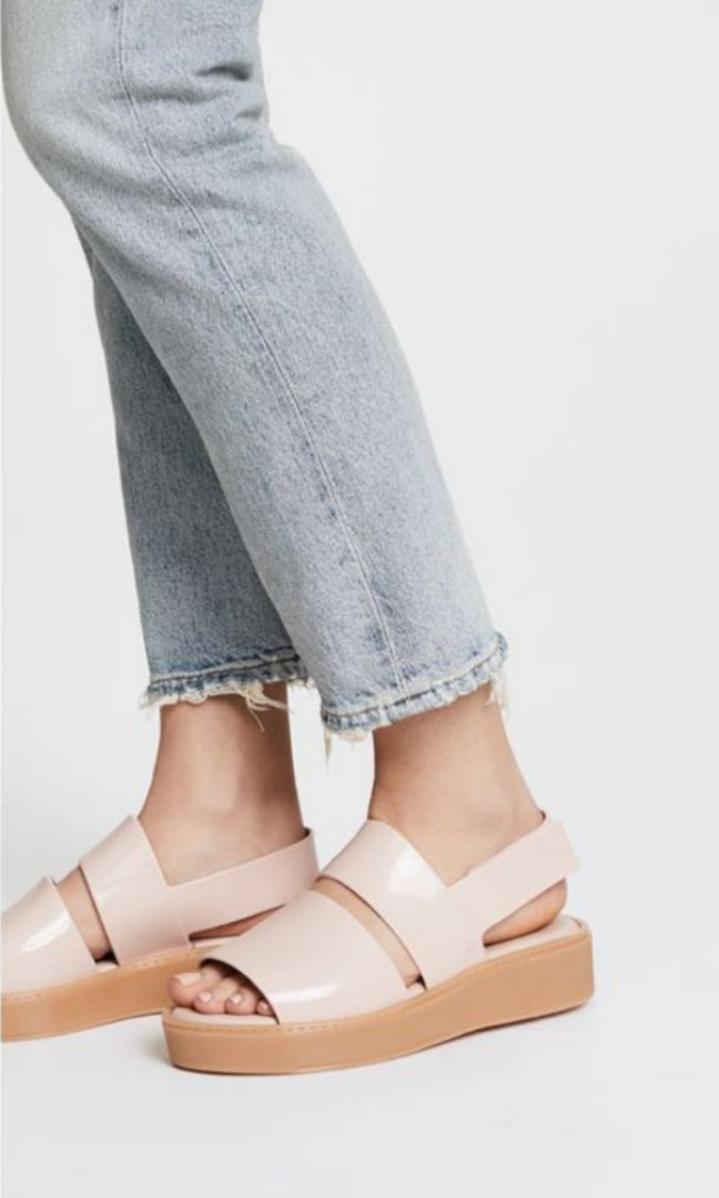 42e12ab0713 Melissa Soho Plaform Sandals - US7