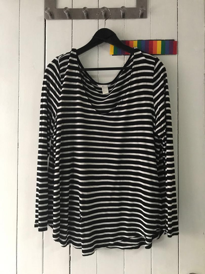 b708882c Pre-loved H&M B&W striped long sleeved top with scooped neckline ...