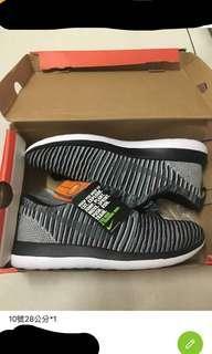 🚚 Nike跑鞋斑馬紋全新supreme gucci lv bape adidas可參考 原價3800