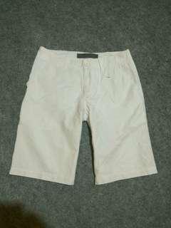 GIORDANO White Linen Short Pants Size 32