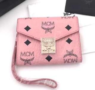 MCM mini patcia cea wallet size 11,5 x 9